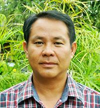 Mr.Watcharapon(Rong Don)
