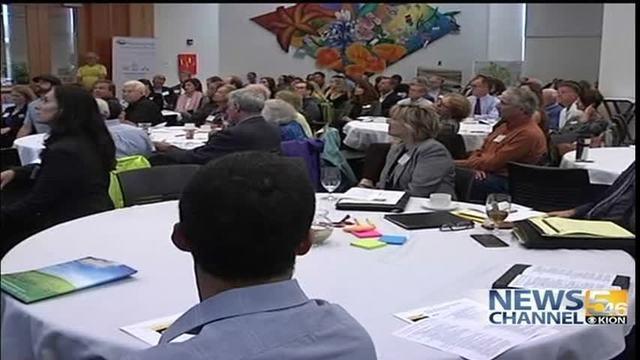 csumb-hosts-climate-change-summit20161028015045_4347345_ver1-0_640_360