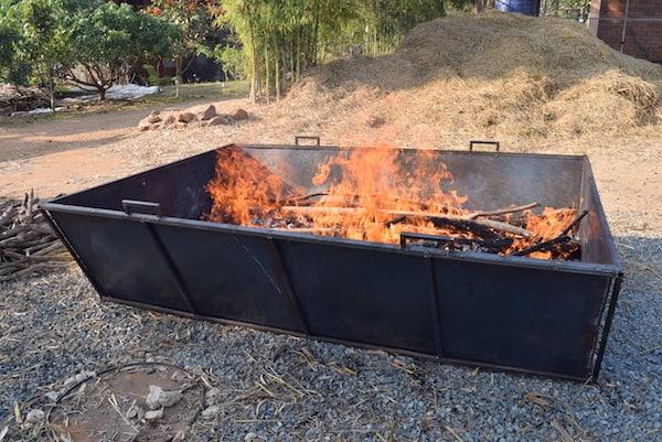 flame cap trough